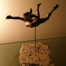 FIGUREWORK 5 - Flying Woman - Bronze - 2013
